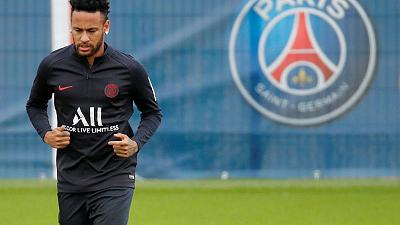 Neymar left out of PSG team again