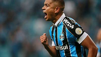 Gremio grab late equaliser to share points with Palmeiras