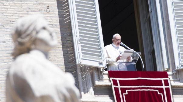 Papa: non basta dirsi cristiani