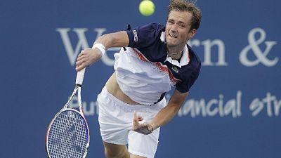 Cincinnati, Medvedev sorprende Djokovic
