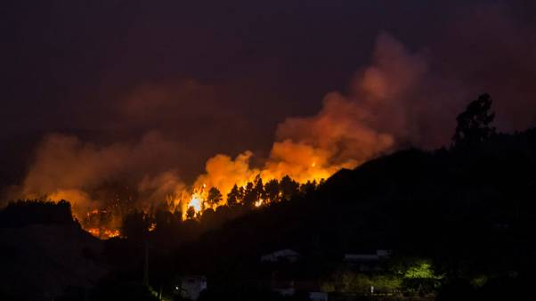 Evacuees fleeing Canary Islands wildfire rise to 8,000