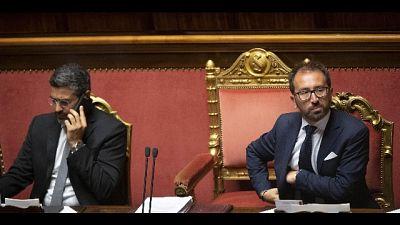 Ministri M5s, mai al tavolo con Renzi