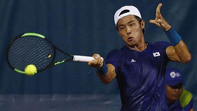 الكوري لي أول لاعب أصم يفوز بمباراة في بطولة تنس