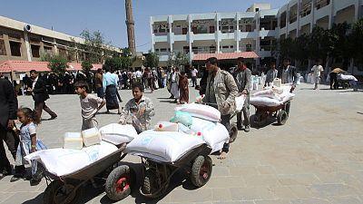 برنامج الأغذية العالمي يستأنف توزيع المساعدات في صنعاء بعد اتفاق مع الحوثيين