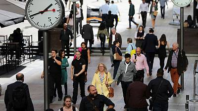 UK employers' pay deals hit 10-year high - XpertHR
