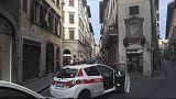 Giù frammenti da fronte Palazzo Rucellai