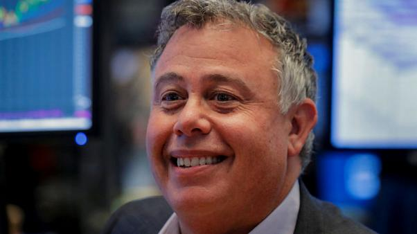 HP CEO Dion Weisler to step down in November; shares slide
