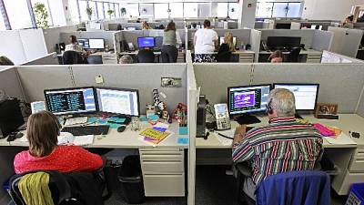 Sospetti di caporalato in call center