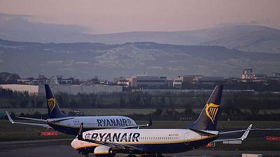 Ryanair to shut four Spanish base next year - union
