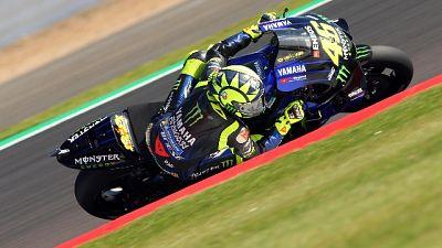 Moto:Gb,Honda Marquez in pole, Rossi 2/o