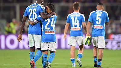 نابولي يفوز بمباراة مثيرة من سبعة أهداف ضد فيورنتينا وسط جدل بسبب حكم الفيديو
