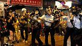 مصحح-شرطة هونج كونج تطلق الغاز المسيل للدموع على المحتجين