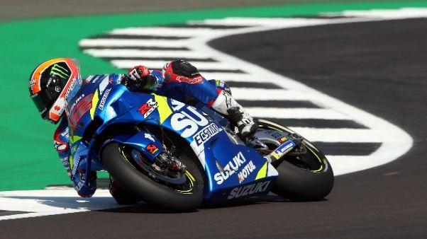 Moto:Gb, Rins beffa Marquez su traguardo