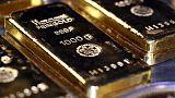 الذهب يخترق مستوى 1550 دولارا للمرة الأولى في 6 سنوات بفعل توترات تجارية