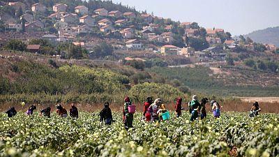 اللبنانيون يعلنون التحدي بعد هجمات طائرات مسيرة والإسرائيليون غير آبهين