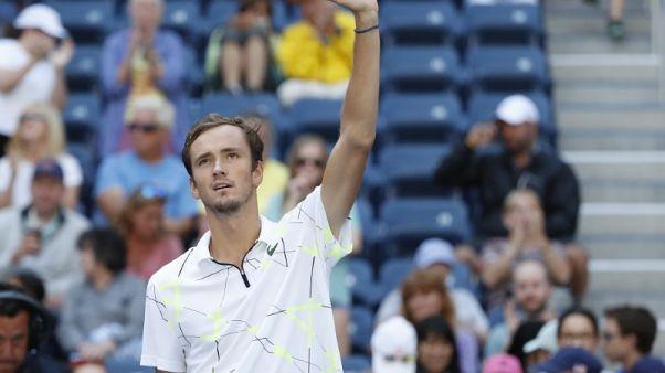 Medvedev keeps hot streak going in U.S. Open first round