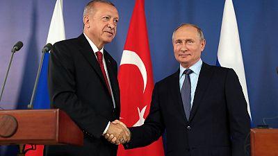 بوتين: روسيا وتركيا تتفقان على خطوات للتصدي للمتشددين في إدلب السورية