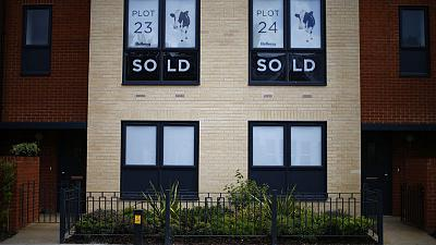 UK mortgage approvals hit nearly 2-1/2-year high in July - UK Finance