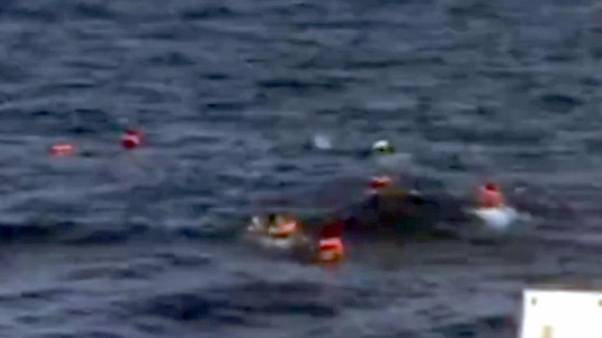 Migranti: Alarm phone, altro naufragio?