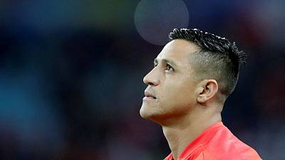 United's Sanchez set to complete Inter loan move - report