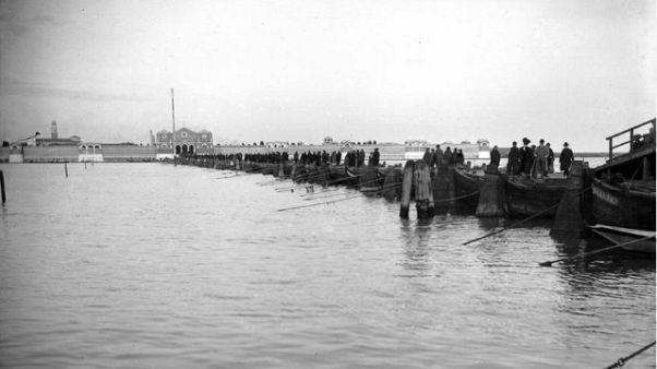 Venezia: ritorna ponte per cimitero