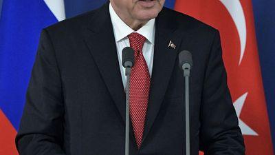 أردوغان يقول لن يسمح بتأجيل الاتفاق مع أمريكا بشأن سوريا