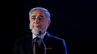 منافس الرئيس الأفغاني في الانتخابات يبدي استعدادا للانسحاب من أجل السلام