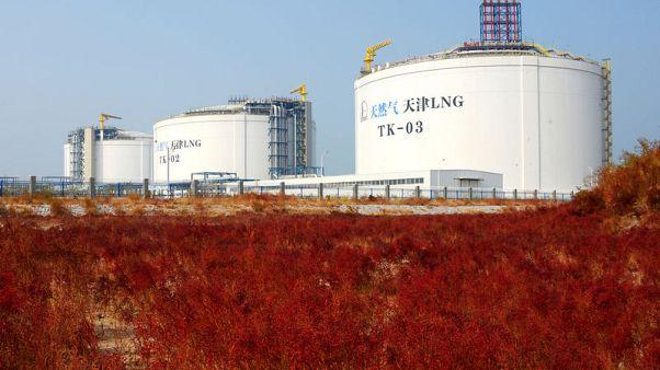 اليابان تستورد أول شحنة من الغاز الطبيعي المسال من الصين