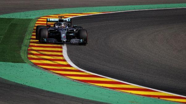 F1: Hamilton contro barriere in libere 3