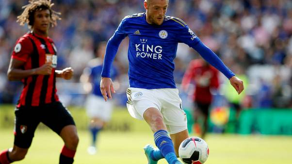 Leicester's Vardy sinks Bournemouth with clinical display in 3-1 win