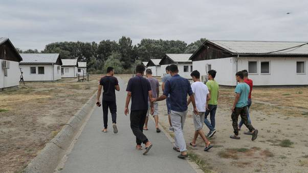 Serbia raps Croatia over treatment of Afghan migrants