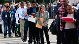 U.S. private payrolls accelerate; weekly jobless claims rise