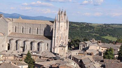 Vigili fuoco controllano Duomo Orvieto