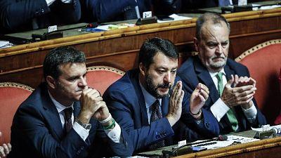 Governo: Lega intona 'Bibbiano' in Aula