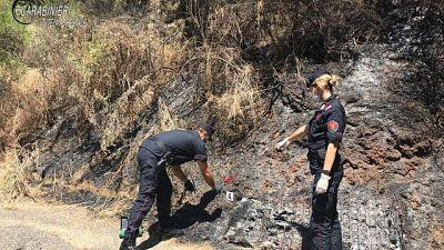 Incendio boschivo, indagati due giovani