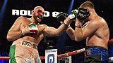 Boxe: Tyson Fury batte Wallin ai punti