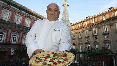 Consegnò pizza al Papa, truffava anziani
