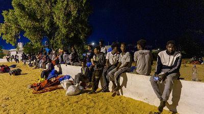 Migranti: -58% richieste asilo in Italia