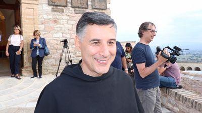 Frati, Assisi porta aperta per chi bussa
