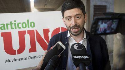 Pd: Speranza, non siamo usciti per Renzi