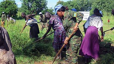Peacekeepers partner with women in clean-up campaign in Eastern Equatoria