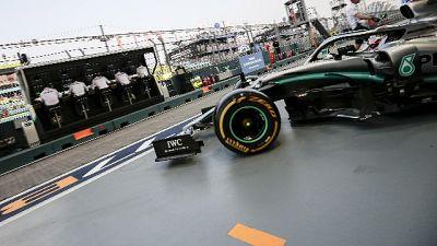 Hamilton, che passo la Ferrari di oggi..