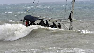 Sbarcati in porto Crotone 58 migranti