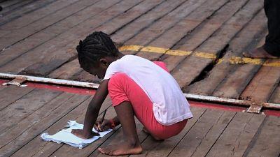 Migranti: Ocean Viking, 'dateci porto'