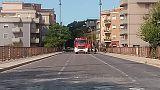 Camion fa tremare ponte, chiuso un'ora