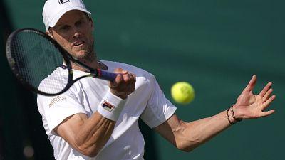Tennis: Zhuhai, Seppi ai quarti