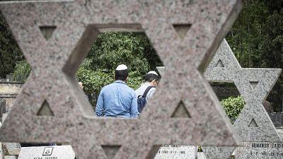 Rabbini, rischio profanare cimitero