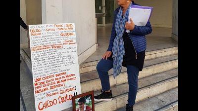Davanti tribunale protesta madre operaio