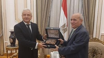 Ambassador of Belarus Sergei Rachkov meets Minister of State for Military Production of Egypt