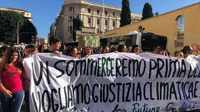 Clima: 5mila in piazza a Cagliari